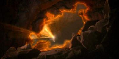 http://www.st-v-sw.net/images/Trek/Special/handweap/DSN5-rapture-pha02sm.jpg